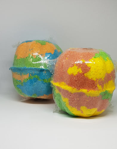 Bath Bombs - With a surprise inside! Essential Oil - Homely Scents