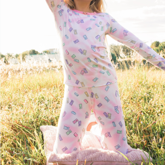long sleeve pajama set in shimmer gummy bears