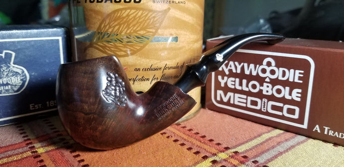 Kaywoodie Birkshire Bent Apple Freehand Pipe