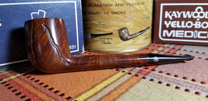 Medico Kensington Canadian shaped filtered Pipe