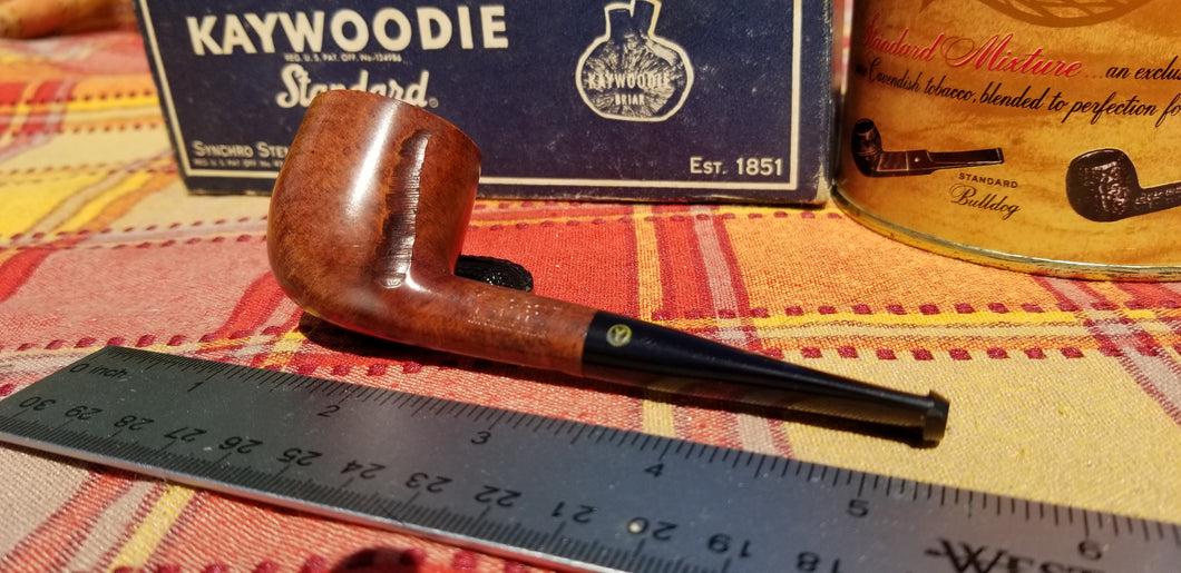 Yello-Bole Pug Pot shaped Pocket Pipe Spot carved
