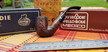 Load image into Gallery viewer, Kaywoodie Red-Root Bent Pocket pipe
