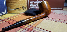Load image into Gallery viewer, Kaywoodie Connoisseur Canadian Pipe