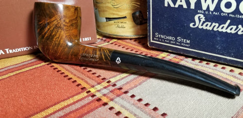 Kaywoodie Connoisseur Quarter Bent Billiard/Acorn Pipe