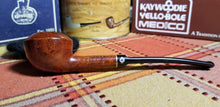 Load image into Gallery viewer, Kaywoodie Campus Rhodesian Pipe