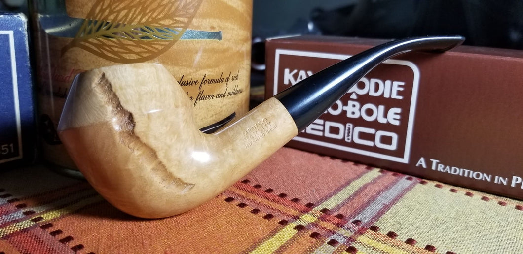 Medico Varsity Bent Rhodesian shaped filtered Pipe