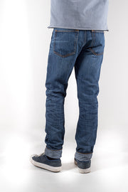 back view of bjork zero cotton jeans in indigo 88 days finish by redew