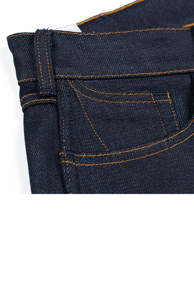 pocket detail on a pair of ravin jeans by redew in indigo pre-shrunk finish