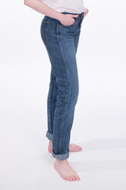 side view of bjork zero cotton jeans in indigo 88 days finish by redew