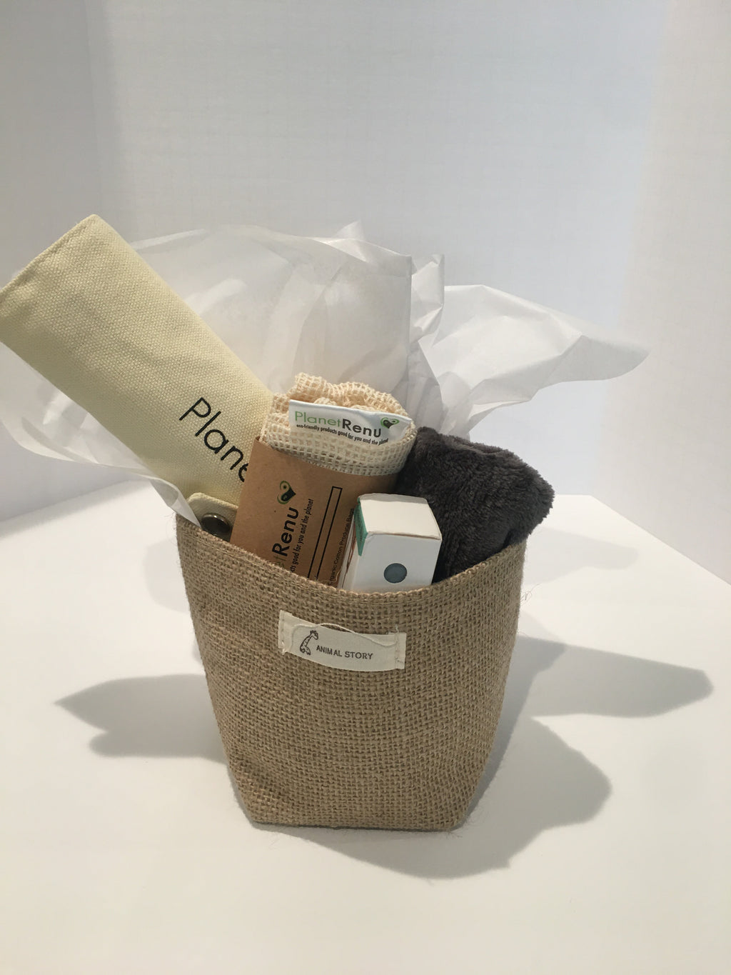 Eco Basket bamboo cutlery, bamboo cloth, organic cotton produce bag, reusable straw