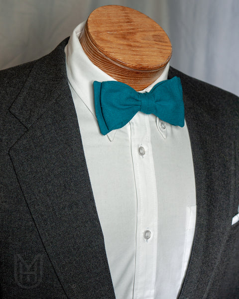Bow Tie - Teal Linen