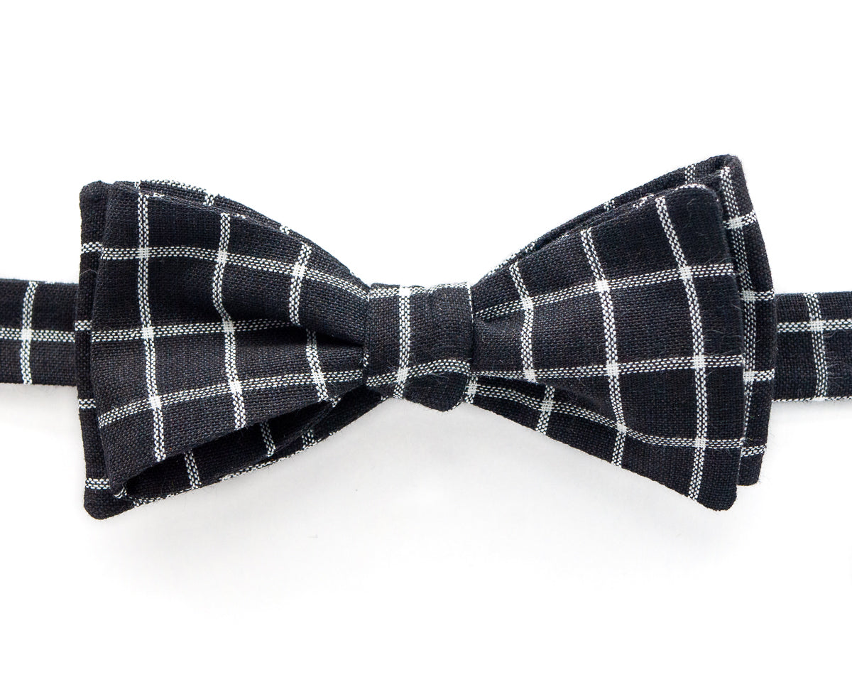 Bow Tie - Black & White Grid