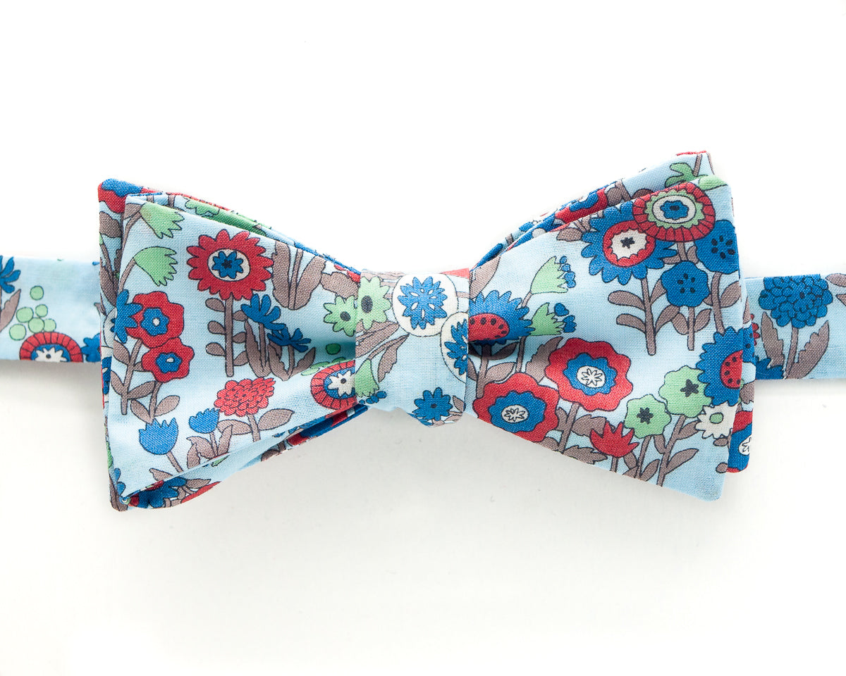 Bow Tie - Light Blue Seuss Flowers