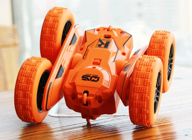 2.4G double-sided bucket stunt car