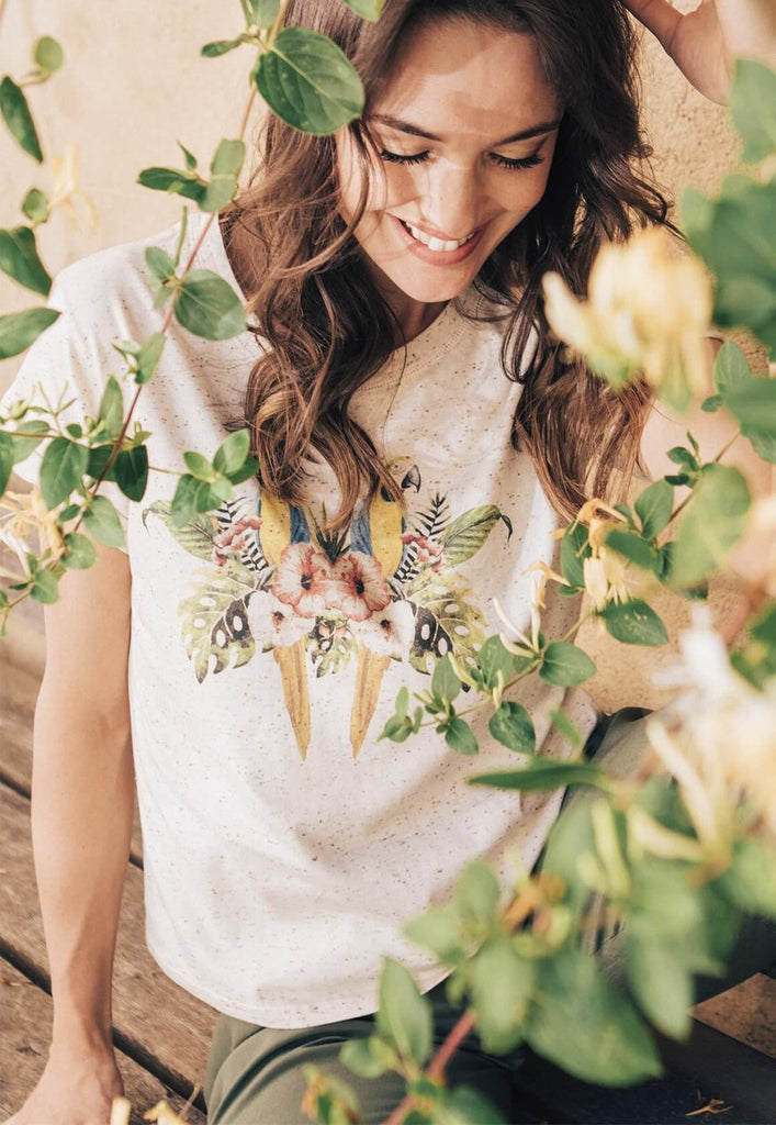 Parrots Speckled Tee
