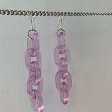 Load image into Gallery viewer, Clear purple chain earrings