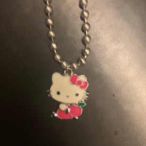 Hello Kitty Apple choker