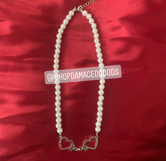 Heart Handcuff Pearl Necklace Choker