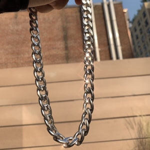 Thick Cuban link chain