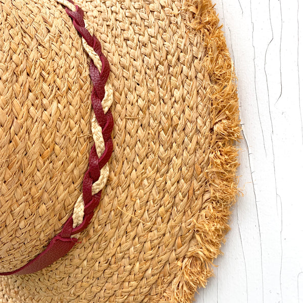 Raw Edge Straw Hat *PORCH SIDE PICKUP ONLY* UNABLE TO SHIP