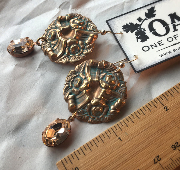 OAK hardware and sparkle earrings