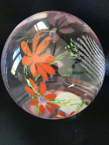 Caithness crystal - Medium citrus flowers paperweight
