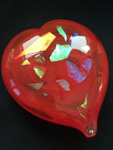 Load image into Gallery viewer, Caithness crystal - Medium Heart paperweight