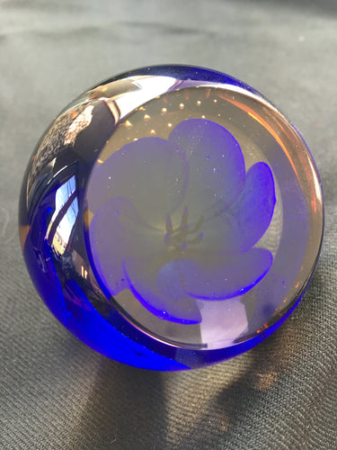 Caithness crystal - Small Lilac paperweight