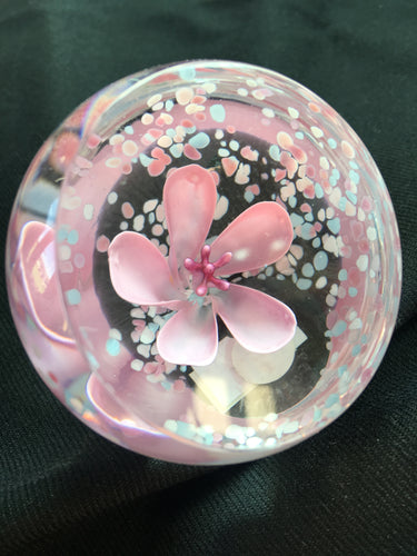 Caithness crystal - Small pink flower paperweight