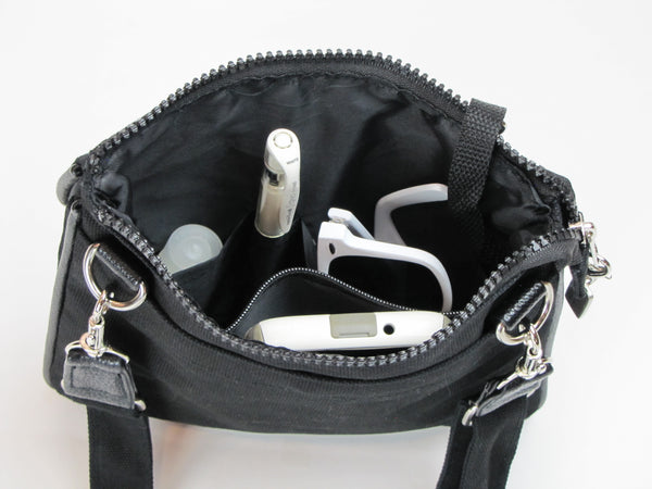 Black Crossbody Purse with pockets