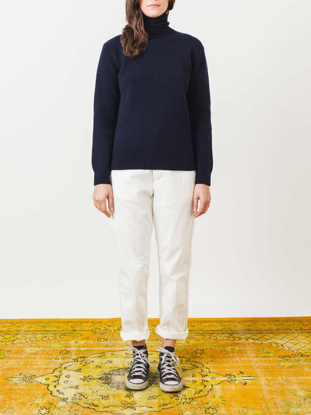 a.p.c.-dark-navy-milou-sweater-on-body