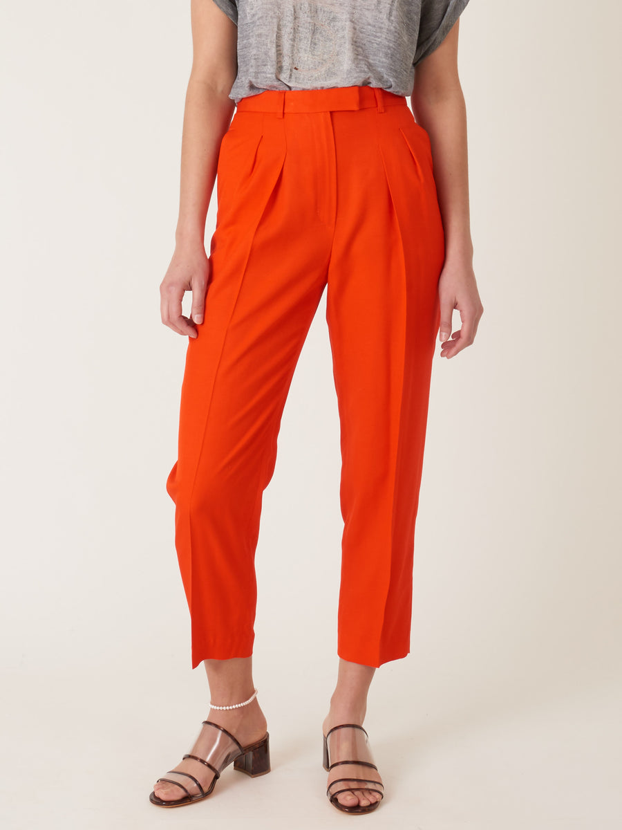 a.p.c.-rouge-cheryl-pants-on-body