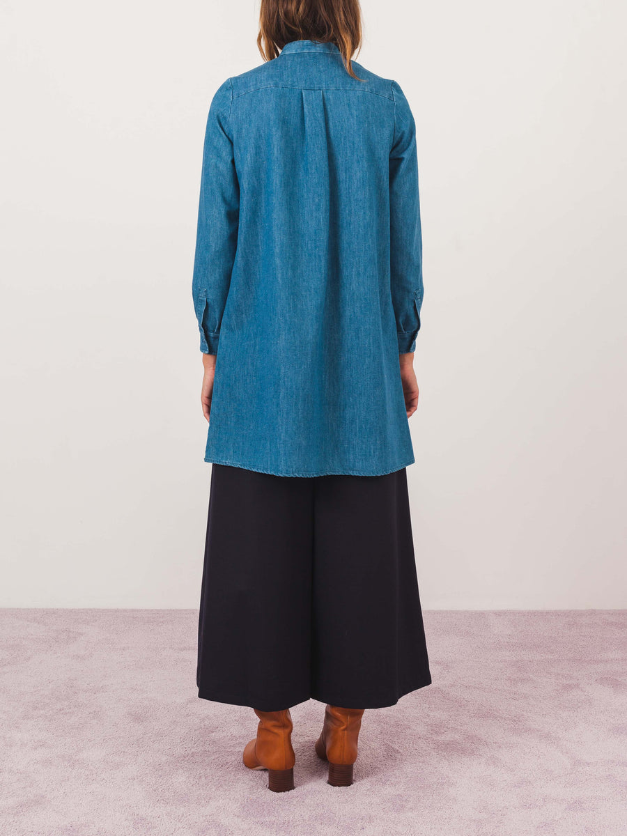 a.p.c.-stonewashed-bib-front-dress-on-body