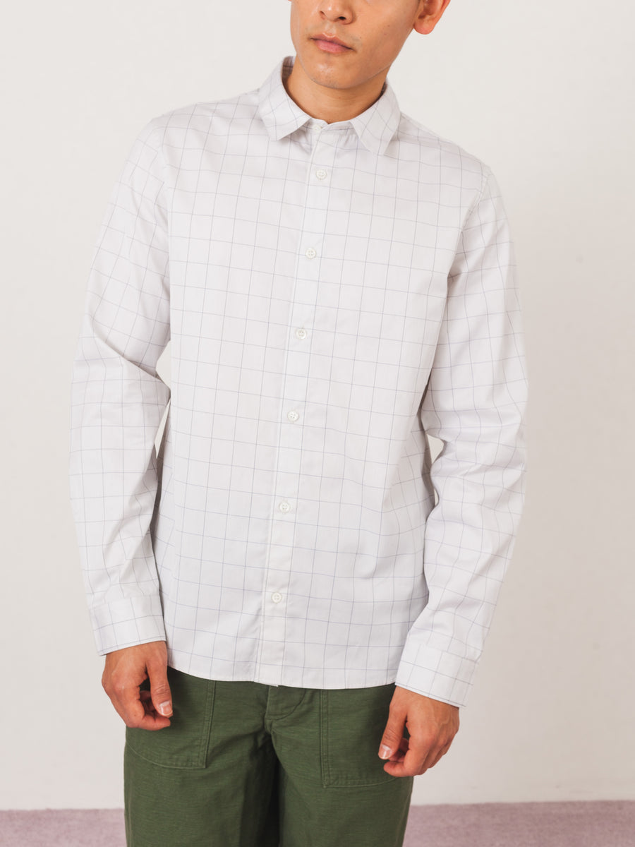 apc-light-grey-andre-shirt-on-body