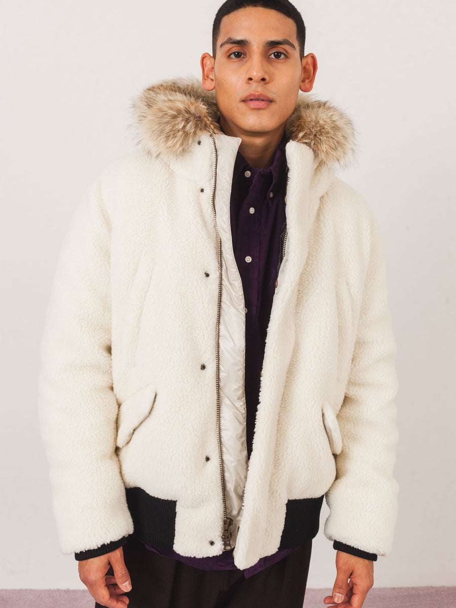 aimé-leon-dore-sherpa-polar-bomber-jacket-on-body