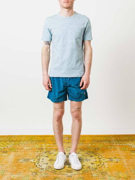 alex-mill-sky-blue-overdyed-heather-tee-on-body