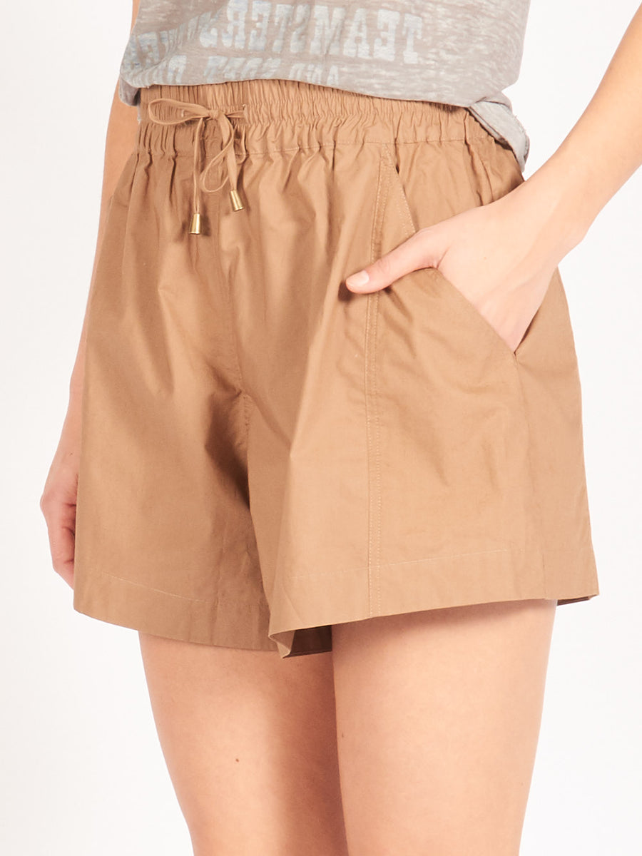 apiece-apart-camel-trail-shorts-on-body