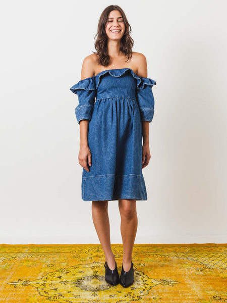 apiece-apart-nueva-mar-denim-dress-on-body