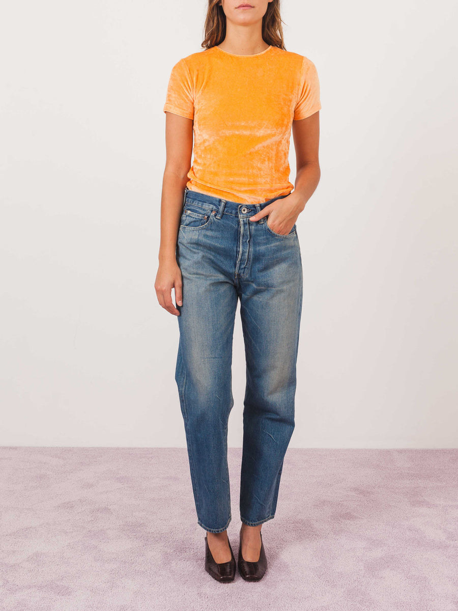 baserange-luteal-peach-omo-tee-on-body