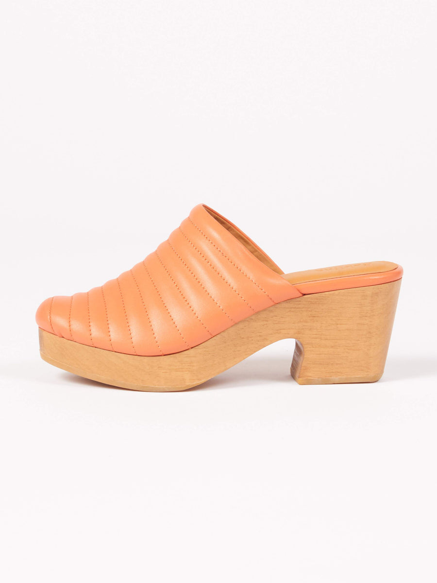 Beklina-Fruit-Ribbed-Lego-Clog