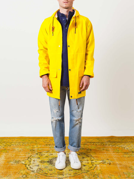 bleu-de-paname-yellow-guerrande-parka-on-body