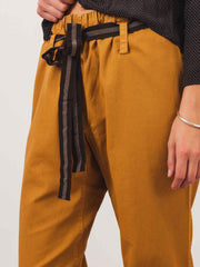 caramel-honey-twill-judo-trouser-on-body