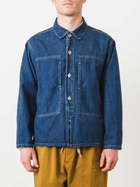 chimala-dark-wash-US-army-denim-shirt-jacket-on-body