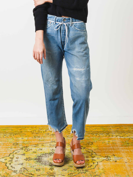 chimala-light-vintage-selvedge-used-ankle-cut-denim-on-body