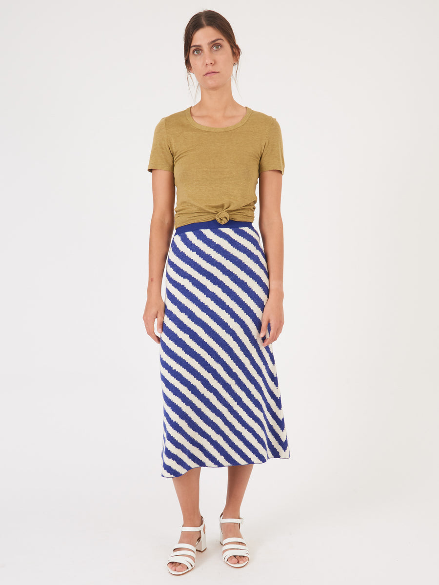 christian-wijnants-off-white-blue-stripes-kasem-knit-skirt-on-body