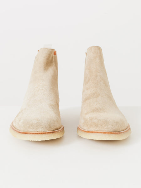 common-projects-light-tan-suede-chelsea-boots