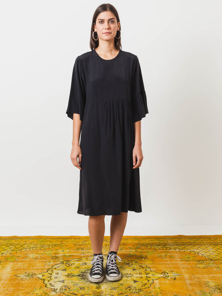 correll-correll-black-long-coco-dress-on-body