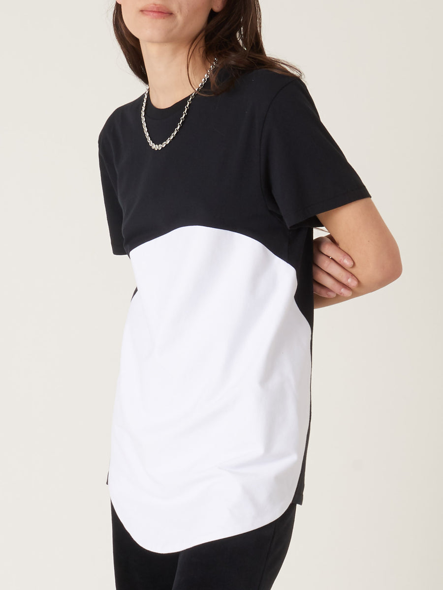 Correll-Correll-Black/White-Olka-T-Shirt-on-body