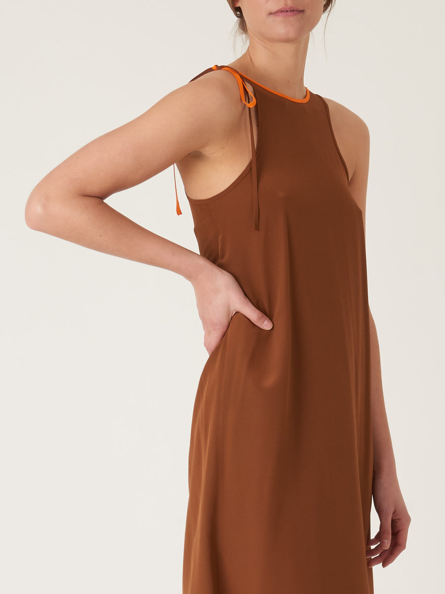 correll-correll-brown-string-asy-dress-on-body