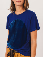 correll-correll-royal-velvet-circle-t-shirt-on-body